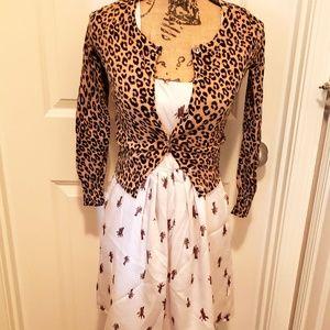 Giraffe Dress with pockets size medium!